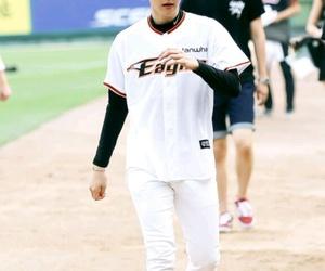baseball, baekhyun, and cute image