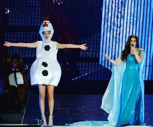 Taylor Swift, frozen, and let it go image
