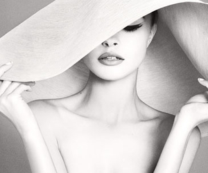 hat, model, and black and white image