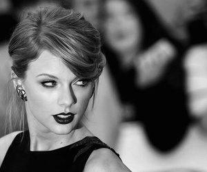 Taylor Swift, beauty, and black and white image