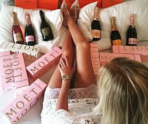 girl and moet image