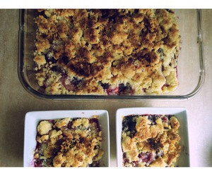 crumble, dessert, and gourmandise image