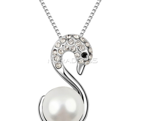 collier and noradress image