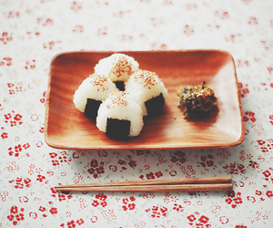 food, onigiri, and japan image