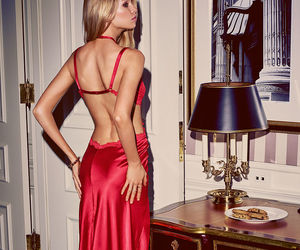 red and stella maxwell image