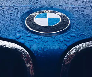 blue and bmw image