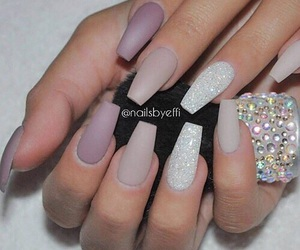 color, long nails, and pretty image