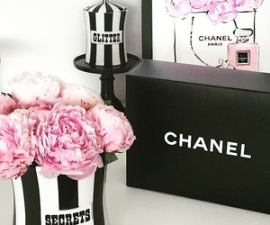 chanel, pink flowers, and chanel gift box image