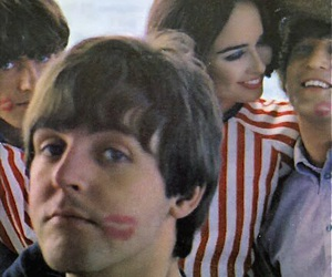 Paul McCartney, the beatles, and george harrison image