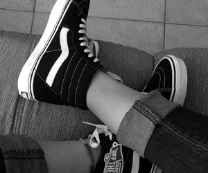 b&w, bands, and black image