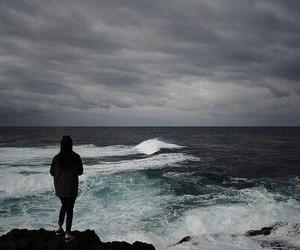 sea, ocean, and dark image