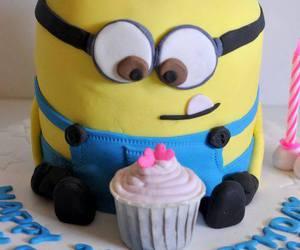 cake and minion image