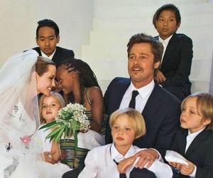 family, Angelina Jolie, and brad pitt image