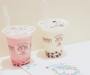 bubble tea, drink, and pink image