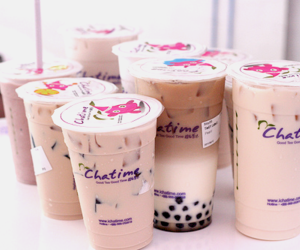 bubble tea, drink, and chocolate image