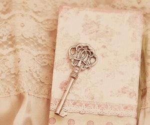 key, vintage, and pink image