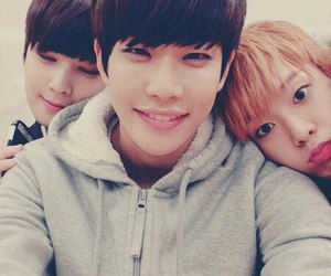 astro, mj, and sanha image