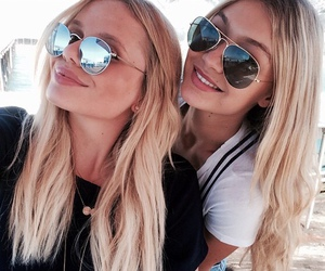 girl, alli simpson, and friends image