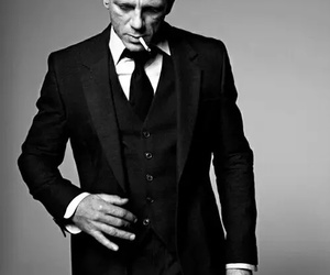 daniel craig, black and white, and bond image