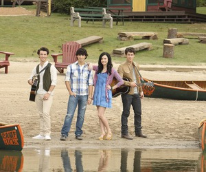 demi and camp rock 2 image