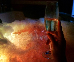 champagne, bossbabe, and bathtime image
