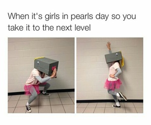 funny, lol, and pearls image