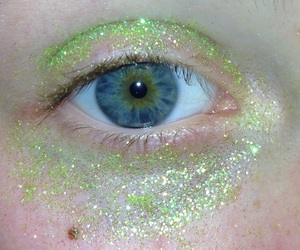 aesthetic, eyes, and glitter image