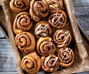 bread, cinnamon sugar, and cinnamon roll image