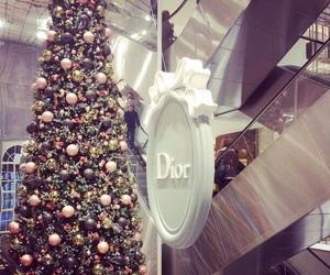 dior, christmas, and christmas tree image