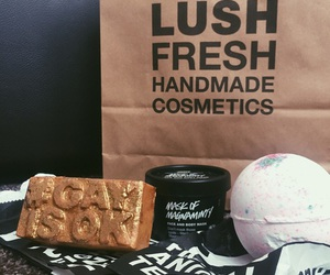 lush, bath bombs, and boho image