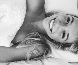 beautiful, black and white, and bed image