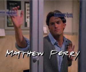 friends, chandler bing, and Matthew Perry image