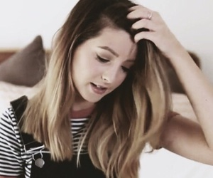 grunge, icon, and zoella image