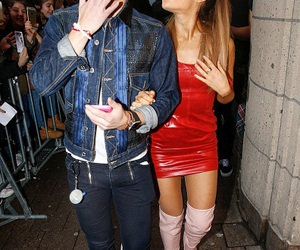 ariana grande, frankie grande, and Queen image