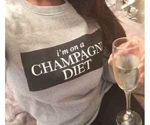 champagne and diet image