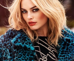 margot robbie, actress, and blonde image
