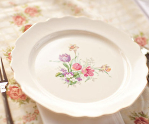 floral, plate, and vintage image