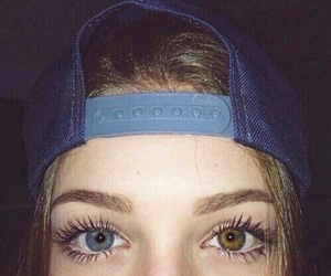 girl, yeux, and verron image