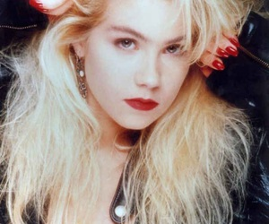 90s, blonde hair, and red lips image