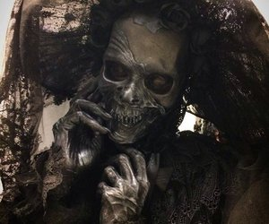corpse, creepy, and horror image