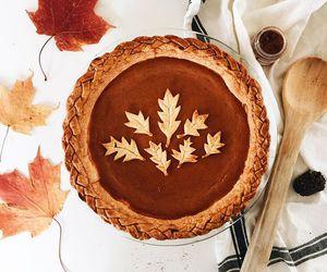 autumn cake image