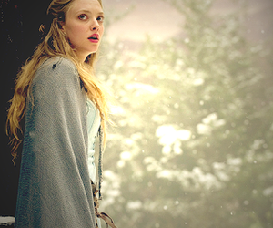 amanda seyfried, red riding hood, and movie image