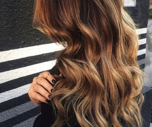 beautiful, loveit, and curly image