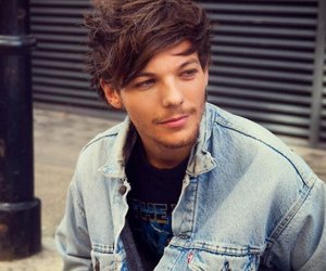 hot boy, smile, and louis tomlinson image