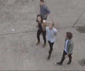 behind the scenes, photoshoot, and louis image