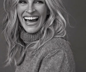 julia roberts, outfit, and fashionista image