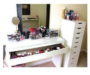 brush, organizer, and table image