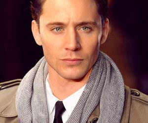 tom hiddleston and Jensen Ackles image