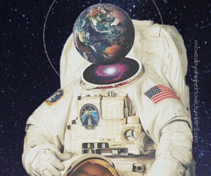astronaut and pattern image