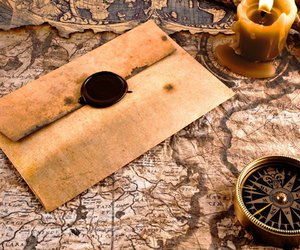 compass, vintage, and Letter image